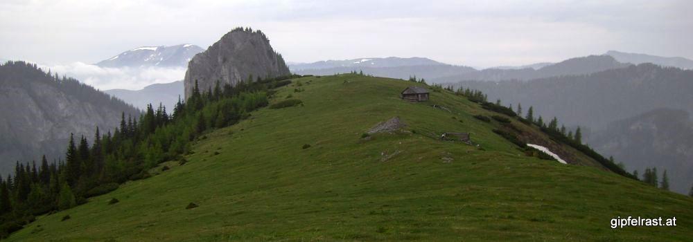 Blick über die Burgalm zur Großen Burgwand