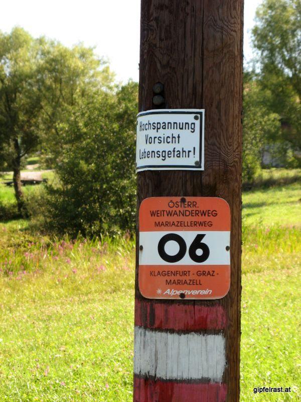 Diesen Schildern bitte folgen...