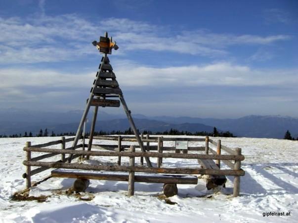 Das Gipfelzeichen auf der Amundsenhöhe