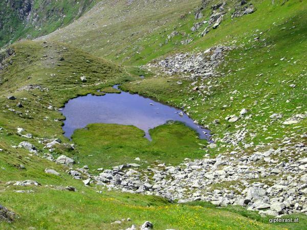 Kleiner See im Abstieg