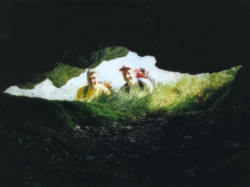 Kleine Höhle bei Karlkirchen