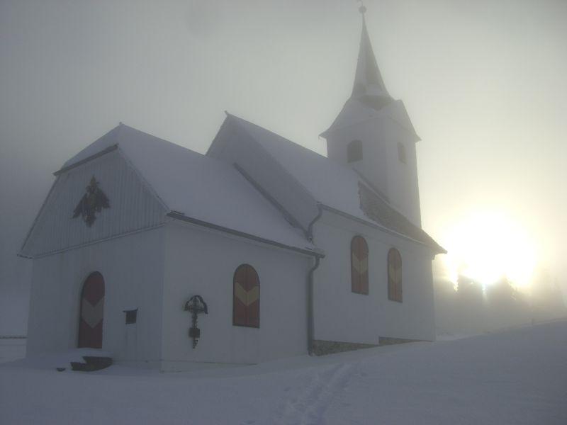 Maria Schnee, gerade noch im Nebel