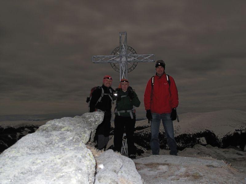 Vorm Gipfelkreuz