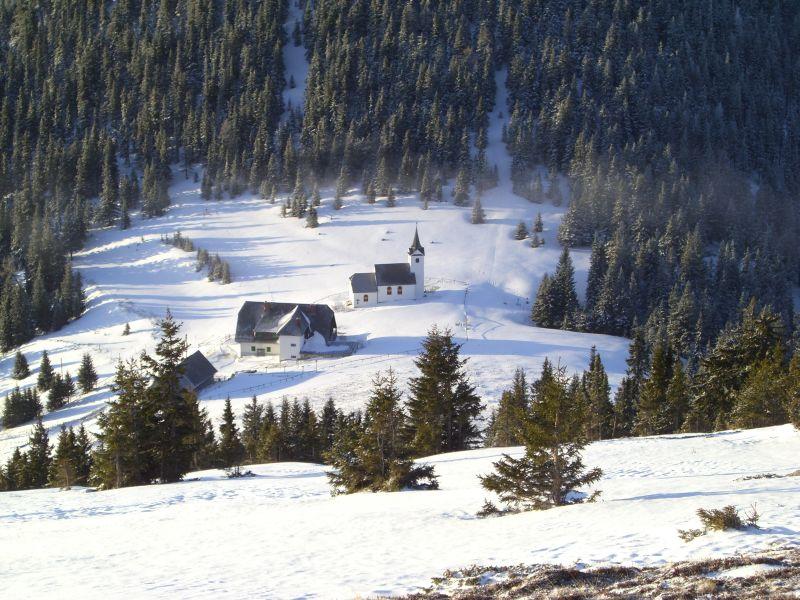 Unser Nachtquartier (kleine Hütte links)