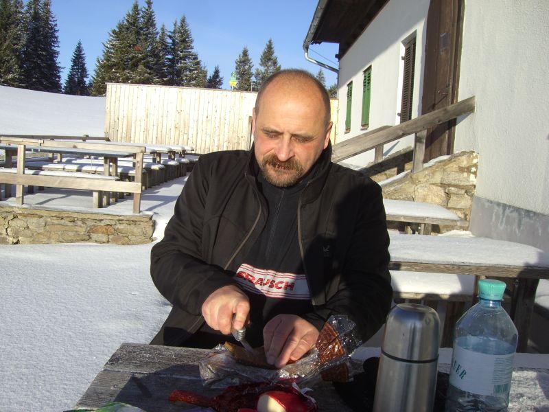 Orotl beim Frühstück auf der Sonnenterrasse