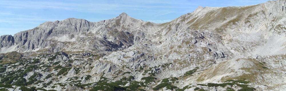 Schöne Gratwanderung: Elmscharte (flacher Grat rechts), Schrocken, Kaminspitz und Hochmölbing