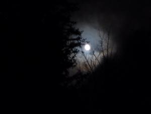 Schon am Parkplatz schien der Mond auf uns herab