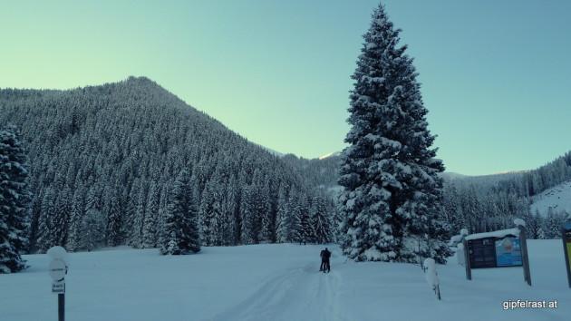 Start im kalten Graben beim Gh. Pichlerhof