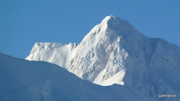 Der Gipfel des Eisenerzer Reichenstein ist tief winterlich