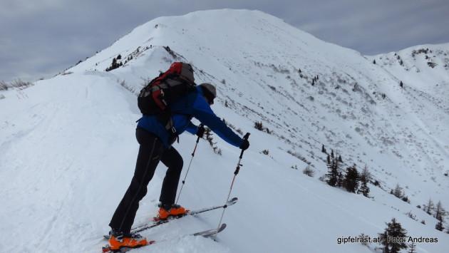 Angeber! Lern lieber mal richtig skifahren! ;)