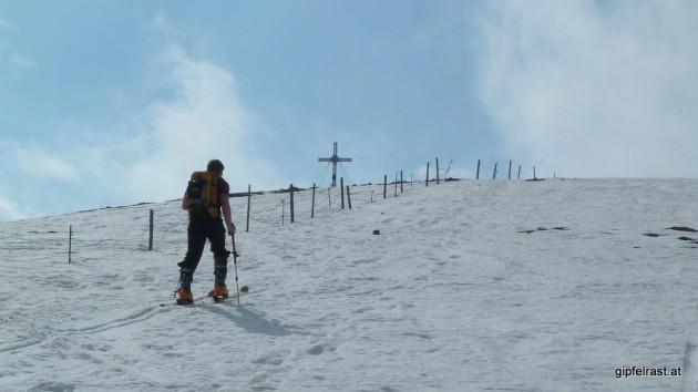 Knapp vorm Gipfelkreuz