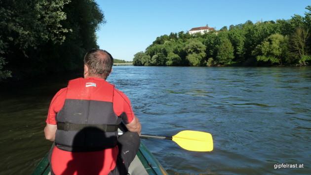 Fast am Ziel: Schloss Oberradkersburg (Gorna Radgona) und die Brücke bei Bad Radkersburg