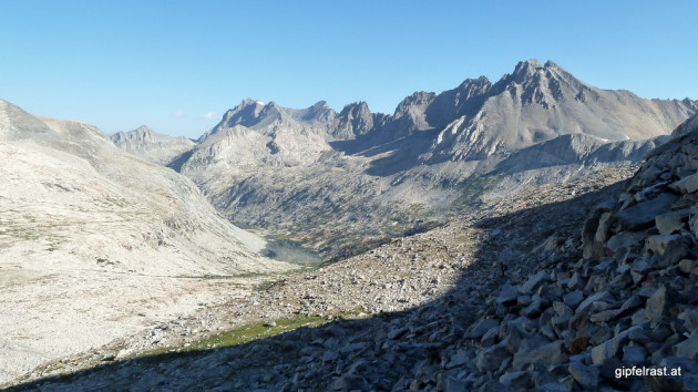 Looking back down: Upper Palisade Lake in the morning