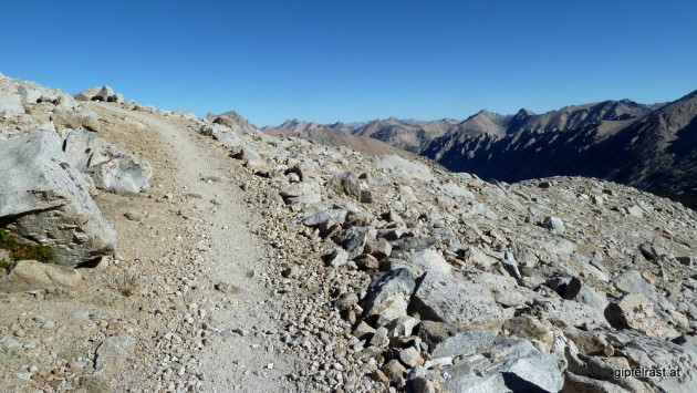 The trail up Forester Pass