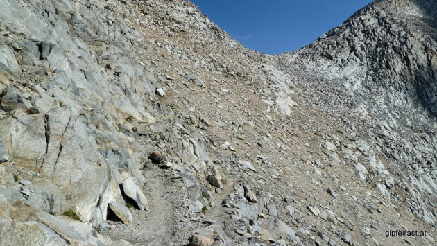 Going down from Mather Pass