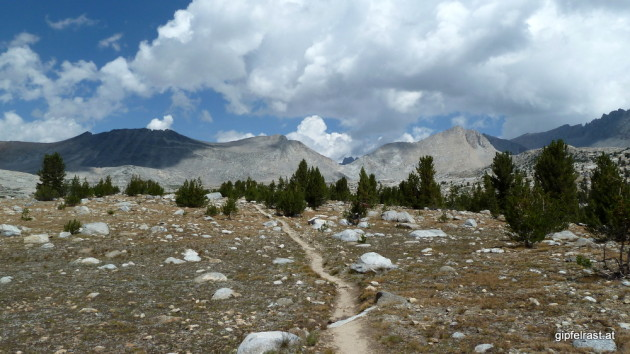 Hiking through the Upper Basin