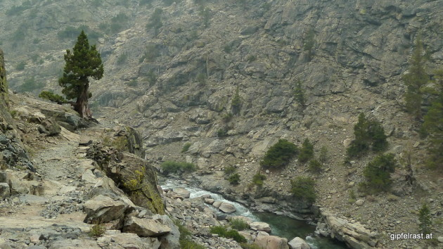 Following the South Fork of the San Joaquin river