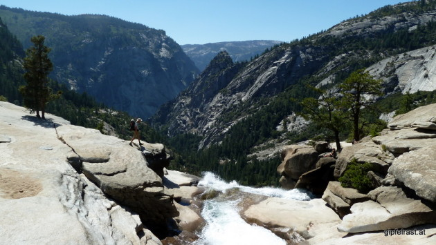 Deja vu: On top of Nevada Fall
