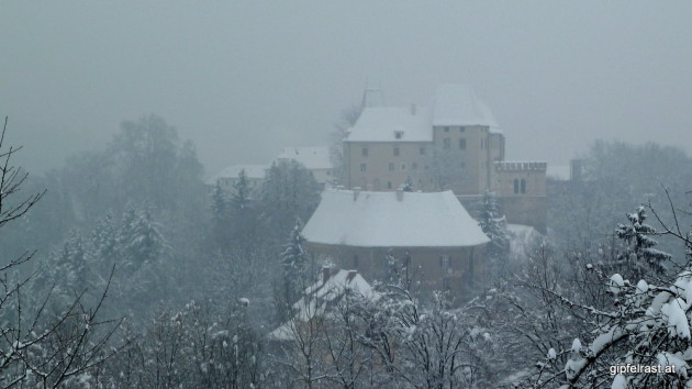 Blick auf Schloss Seggau