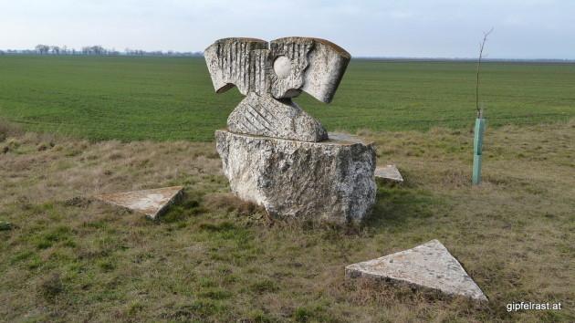 Skulptur beim Dreiändereck