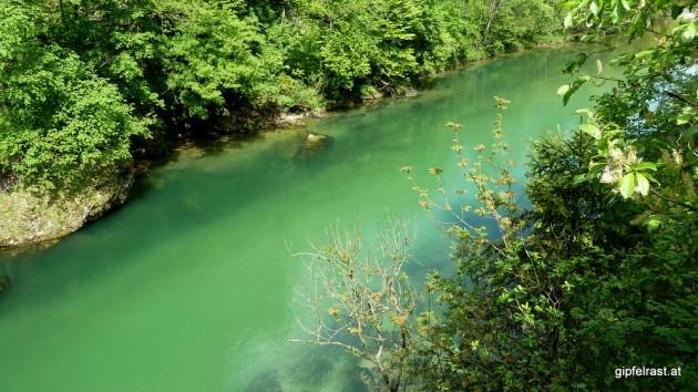 In der Karibik könnte das Wasser nicht kitschiger sein...