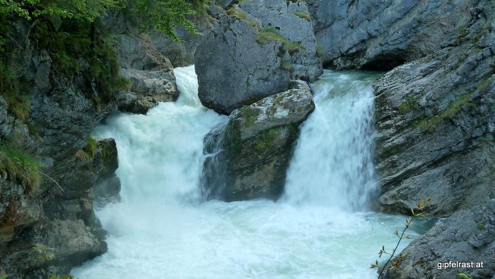 Der Strumboding-Wasserfall