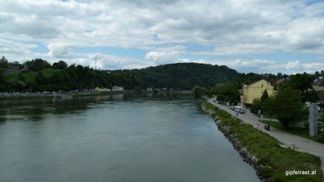 Über die Donau