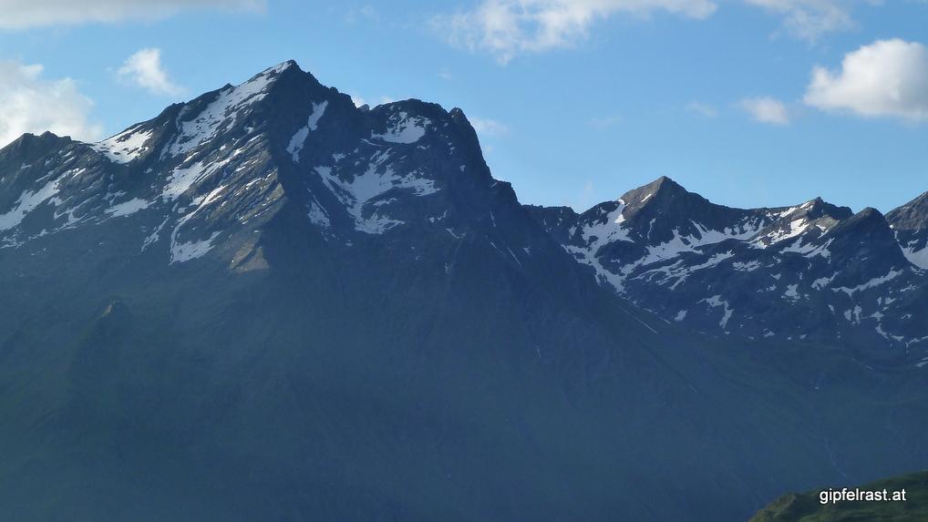 Blick zurück zum Großen Horntaler Joch, rechts davon der Schafgrübler