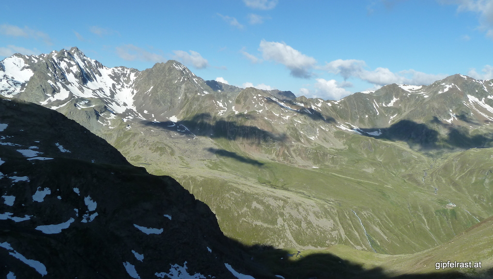 Blick zum Gleirschjöchl, rechts unten die Pforzheimer Hütte