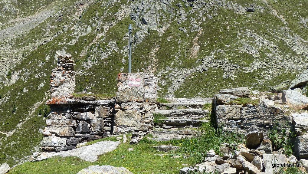 Die Ruinen der Alten Bielefelder Hütte