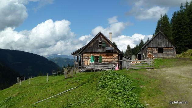 Die Schnabelhütte auf der Ranzenkaralm