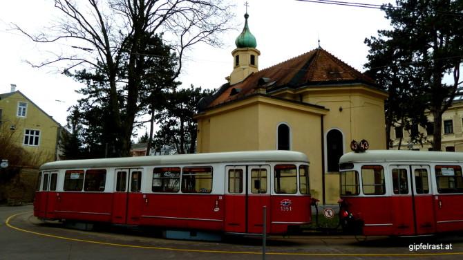 Start bei der Endstation der Straßenbahnlinie 43 in Neuwaldegg