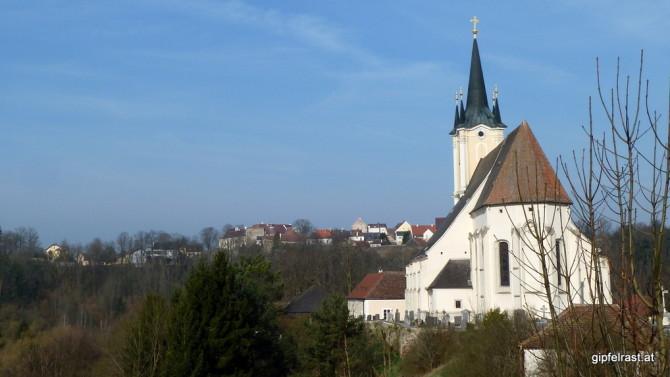 Neben der Kirche verlassen wir Drosendorf