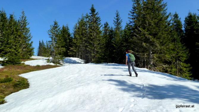 Abschnittsweise liegt noch viel Schnee