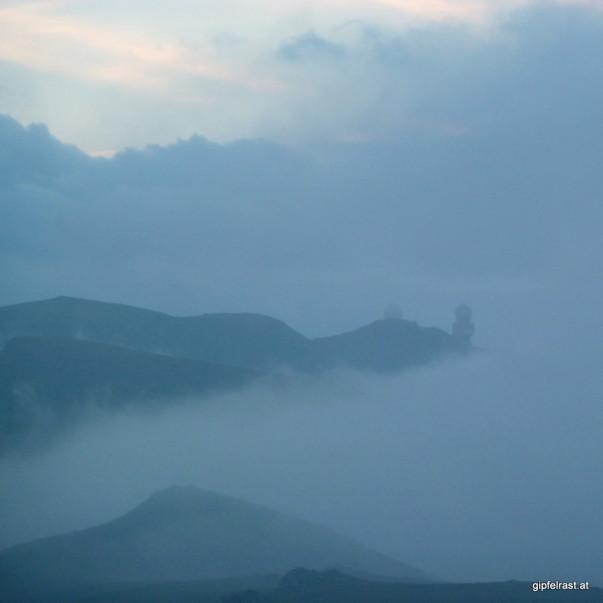 Die Radaraugen auf der Koralpe blicken durch den Nebel