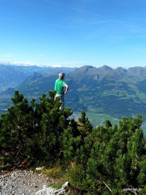 Blick vom Gafleispitz ins Rheintal