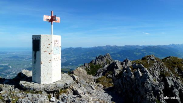 Grenzstein am Garsellakopf