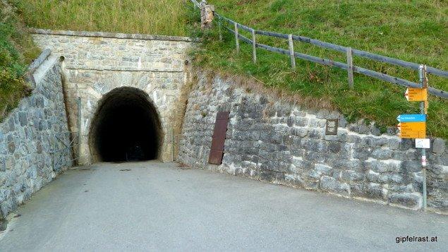 Schmalspurtunnel bei Sücka