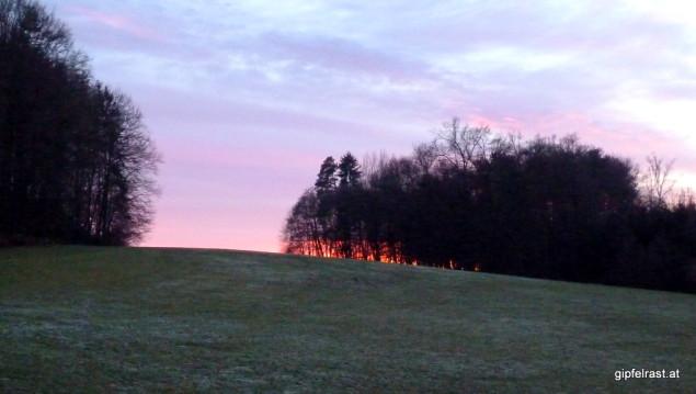 Rechtzeitig zum Sonnenuntergang weichen die Wolken