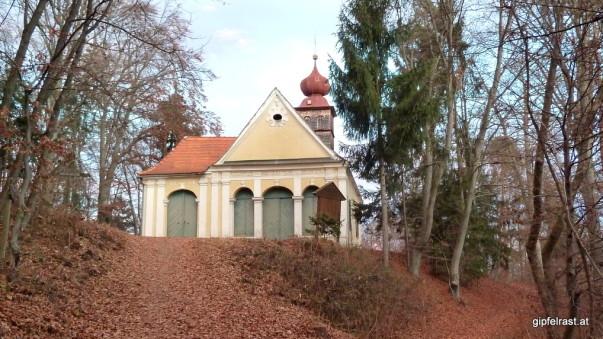 Die Kirche am Florianiberg markiert den letzten Gipfel