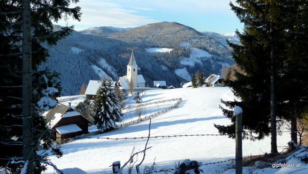 Los geht's in St. Lorenzen oberhalb des noch jungen Gurktals.