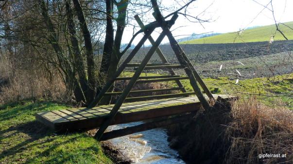 Mehrere stabile Brücken wurden für den Kaskögerlweg errichtet