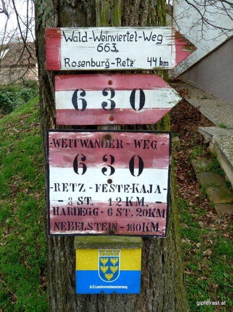Zurück nach Rosenburg? Der letzte Wegweiser könnte der erste sein.