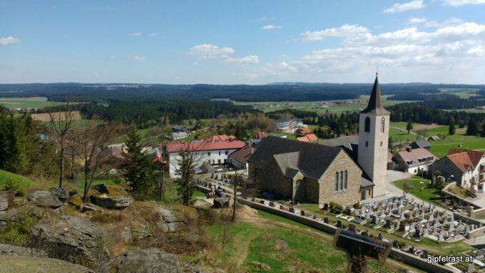Bad Traunstein, links hinten bereits Ottenschlag.