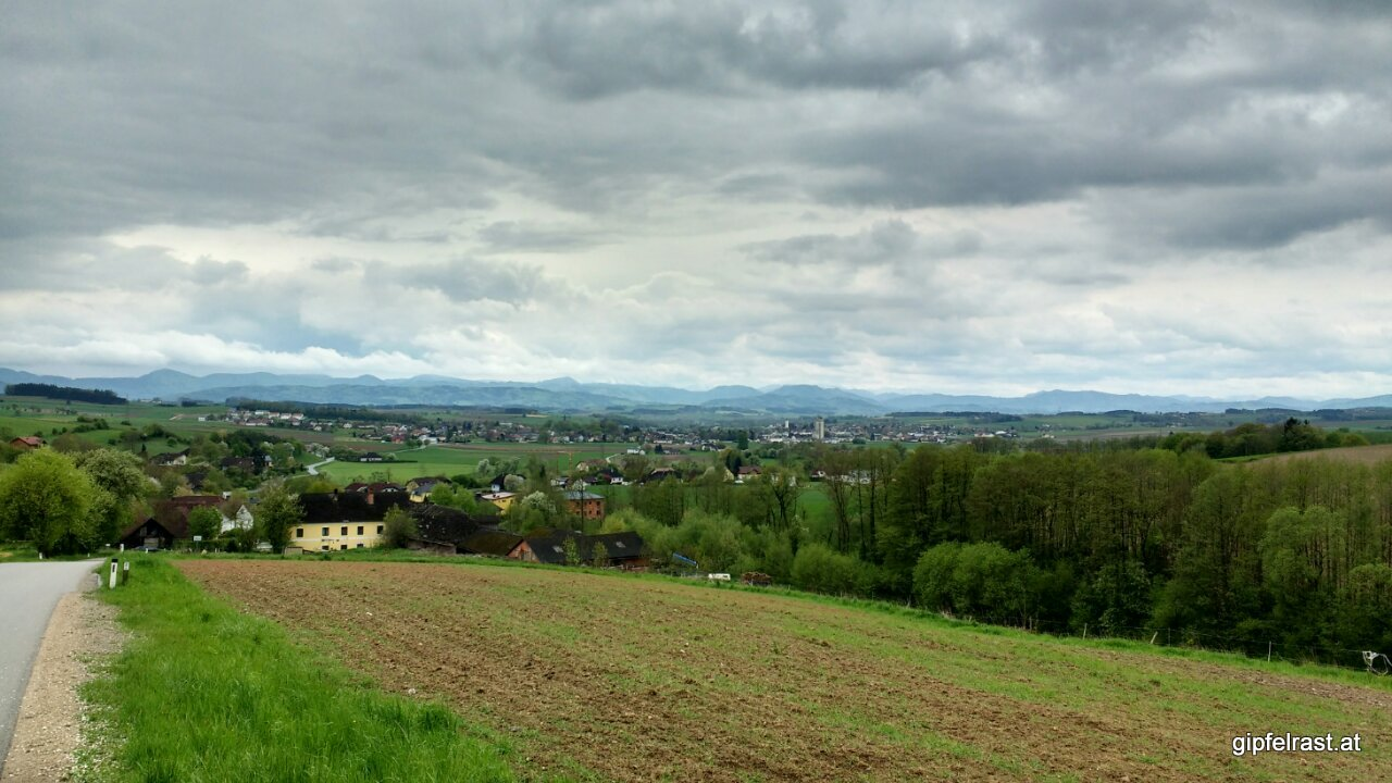 Nicht mehr weit bis St. Leonhard am Forst